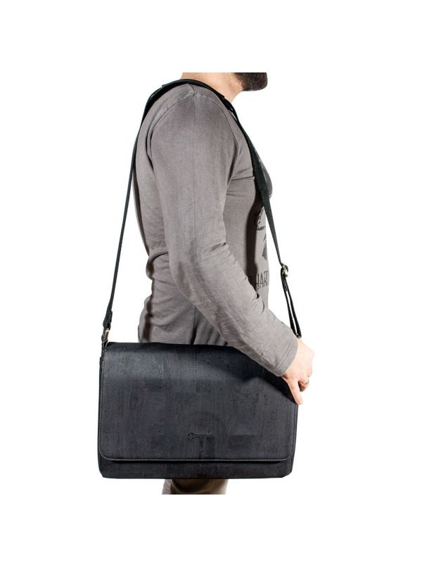 Corkor CK148P Vegan Messenger Black